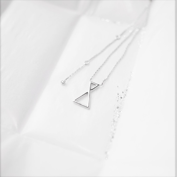 Collier Les Triangles - Lookbook 02